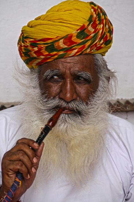 El-fumador-de-opio-(Jodhpur-2014)